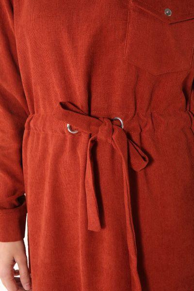 Belden Bağlamalı Cepli Kadife Elbise