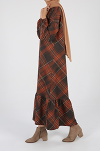 Desenli Düşük Kol Elbise