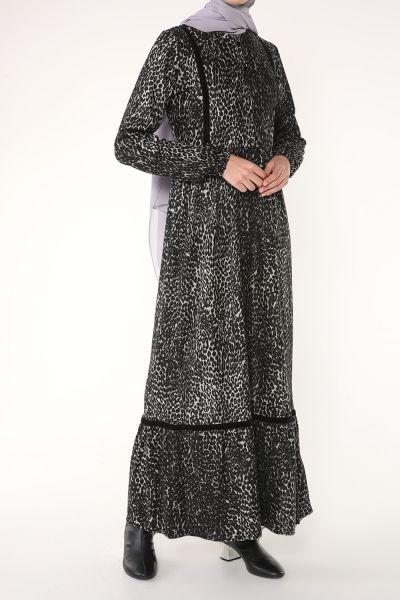 Düğme Detaylı Desenli Elbise