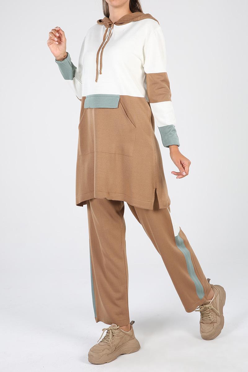 Kapüşonlu Pantolonlu İkili Takım