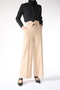 Kemer Detaylı Cepli Kuşaklı Pantolon