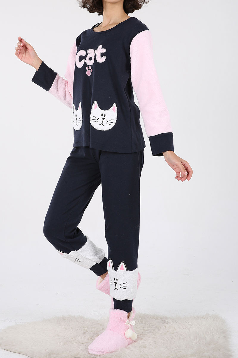 Paçası Tavşanlı Pijama Takımı