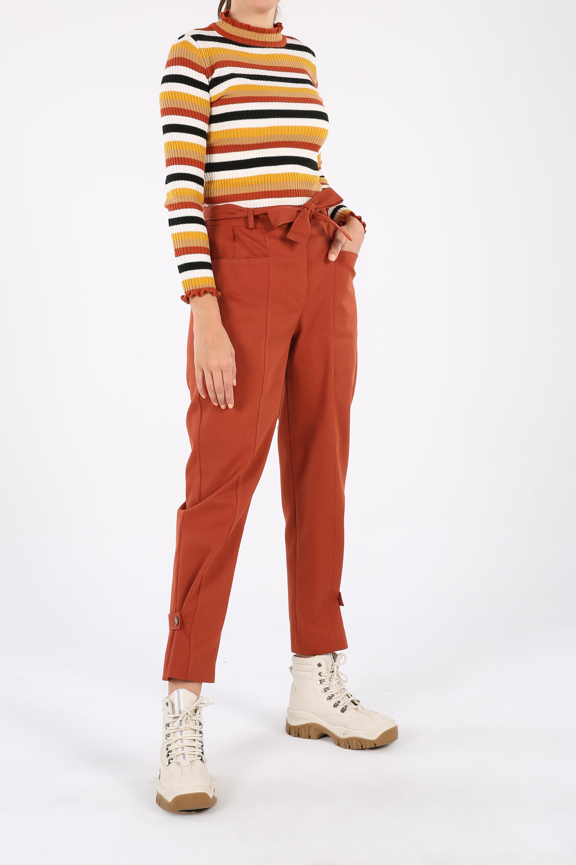 Pamuklu Paça Düğme Detaylı Kuşaklı Cepli Fermuarlı Pantolon
