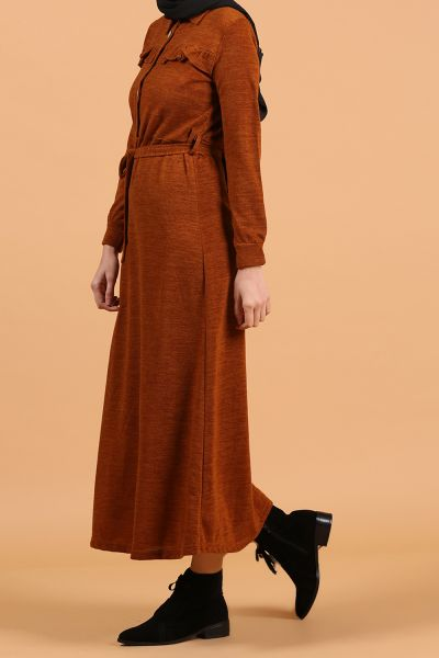 Fırfır Detaylı Düğmeli Kuşaklı Elbise